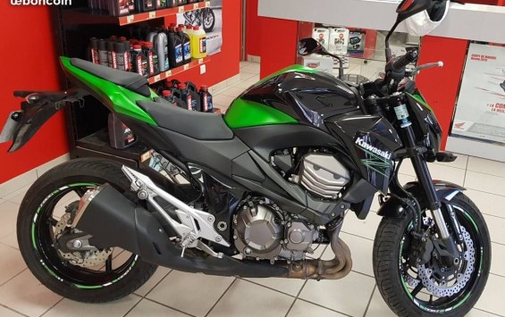 KAWASAKI Z800 E BRIDABLE PERMIS A2
